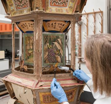 Royal BC Museum, lantern restoration